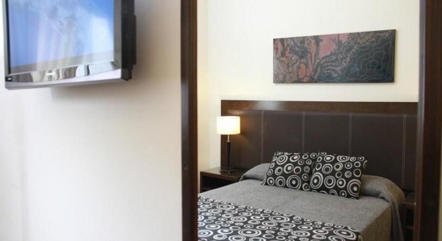 HOTEL CARLOS V TUCUMAN